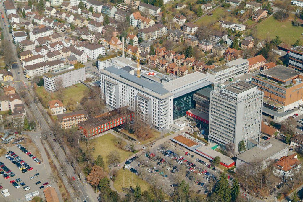 Luftaufnahme Kantonsspital und Umgebung